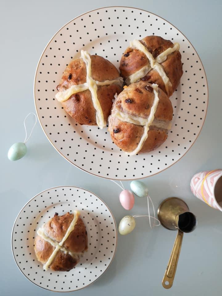 Ivana_Culjak_hot_cross_buns