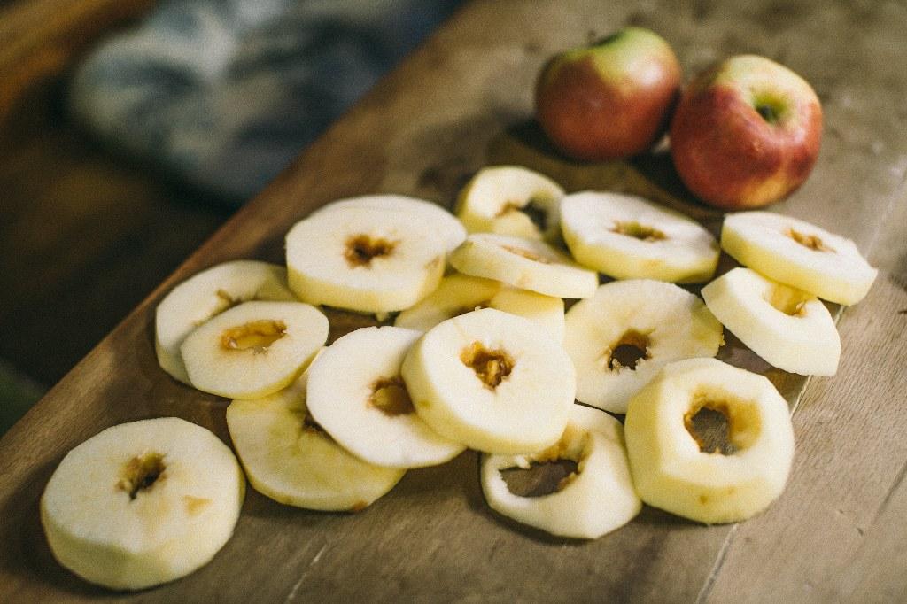 jabuke u šlafroku_vilicomkrozhrvatsku