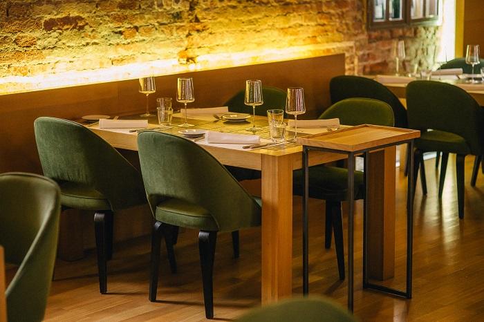 Zvonimir_Ferina_mano_restoran